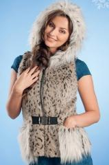 Меховые жилеты – фото и модные тенденции