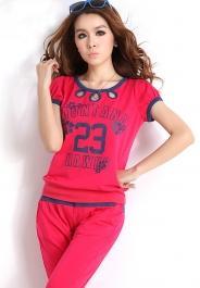 Спортивный стиль одежды для девушек