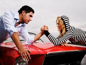 Автомобиль в женских руках: преимущества и недостатки