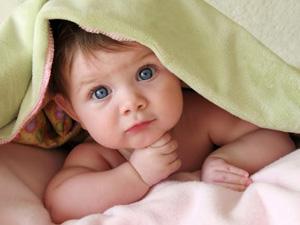 Колики у новорожденных: симптомы и лечение